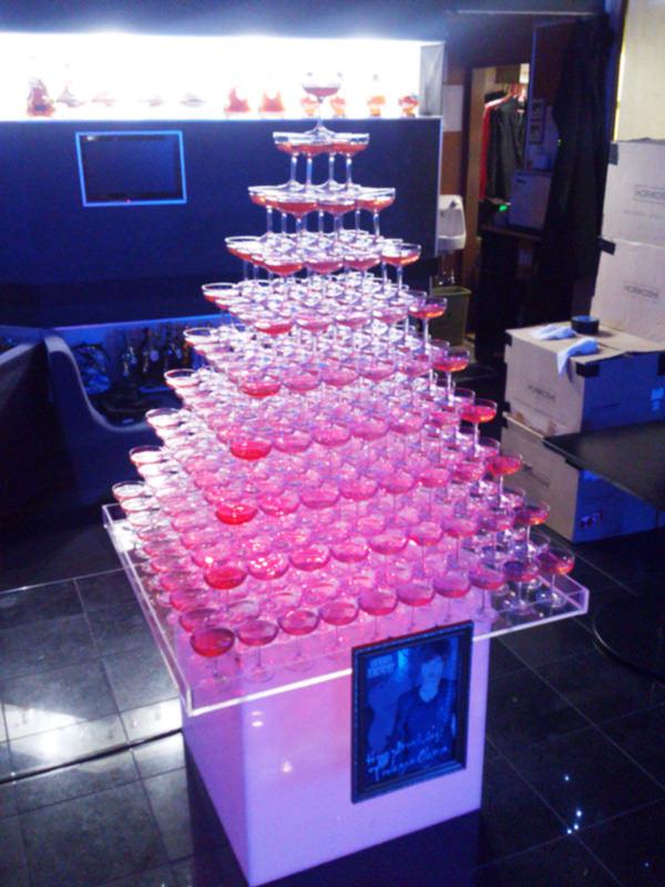 ホストクラブバースデーイベントシャンパンタワー