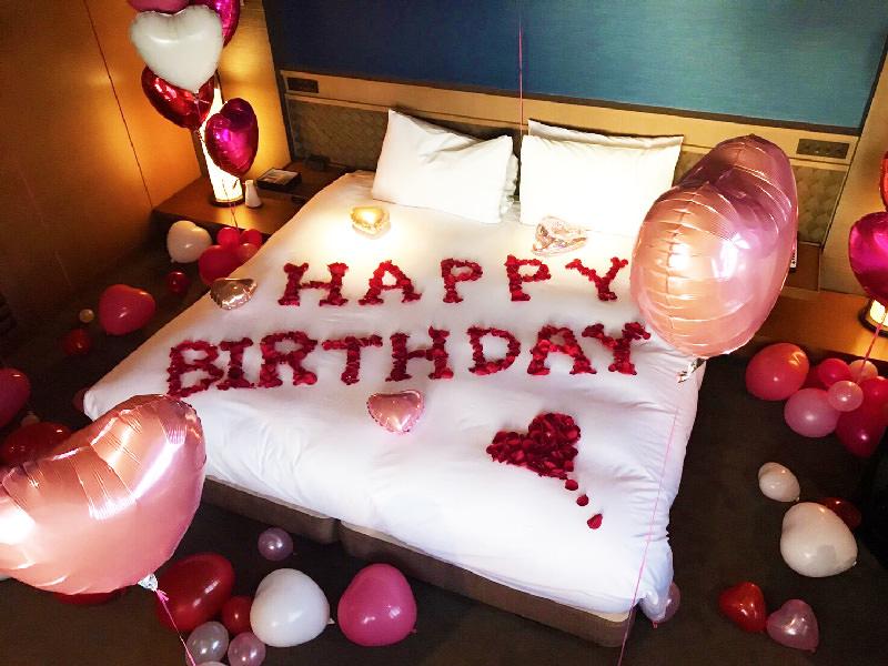 バルーン装飾風船誕生日サプライズプロポーズ薔薇風呂